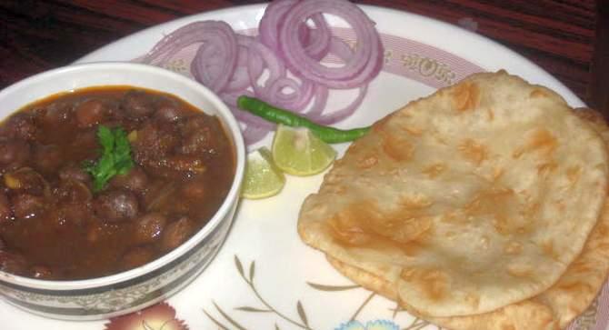 Amritsari Chole Bhature